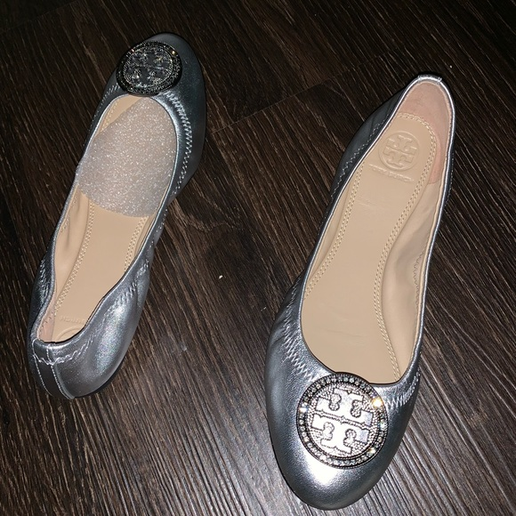Tory Burch Shoes - NWT Tory Burch silver Leather flats with dust bag